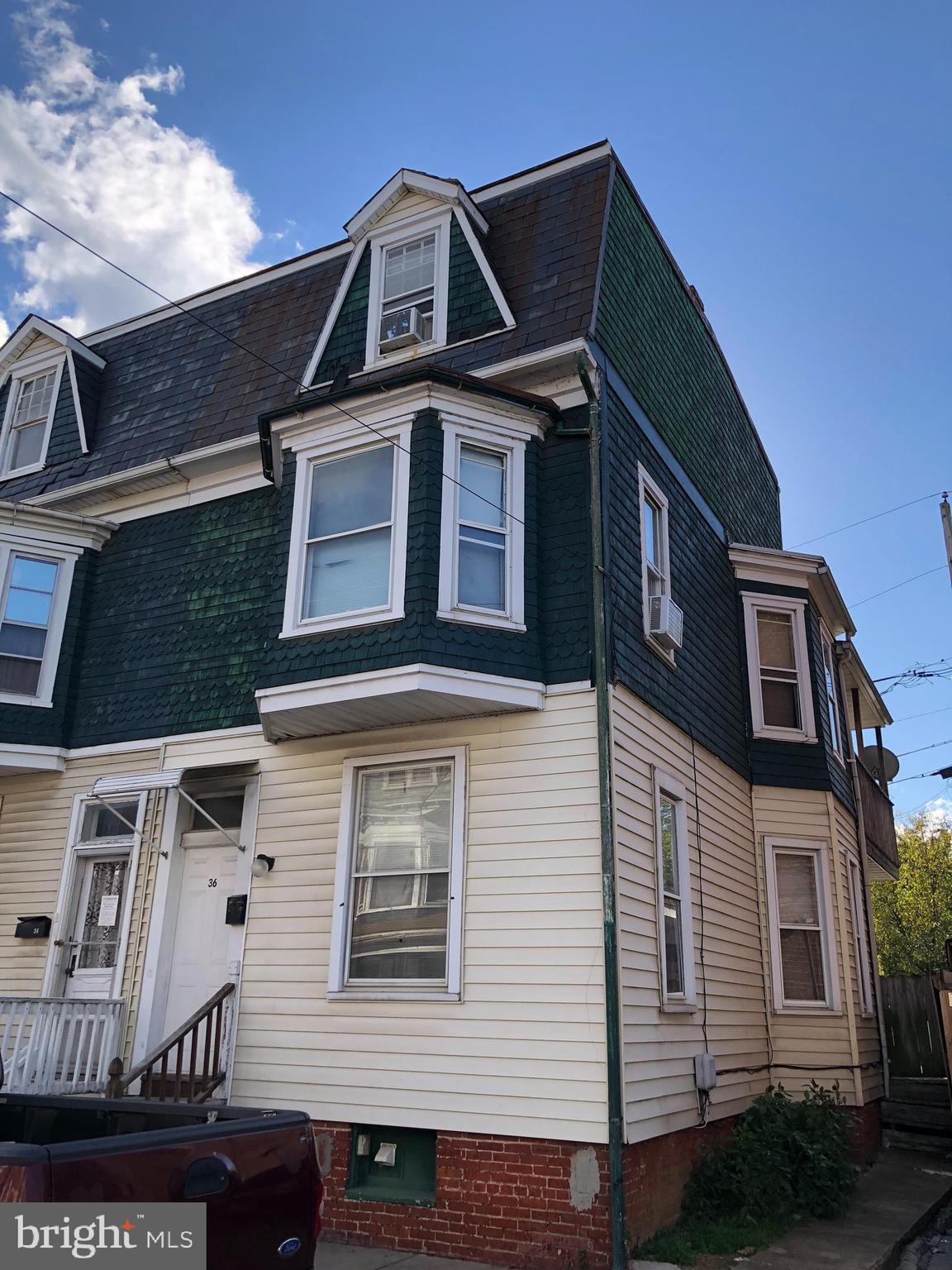 36 N West, York, PA 17401