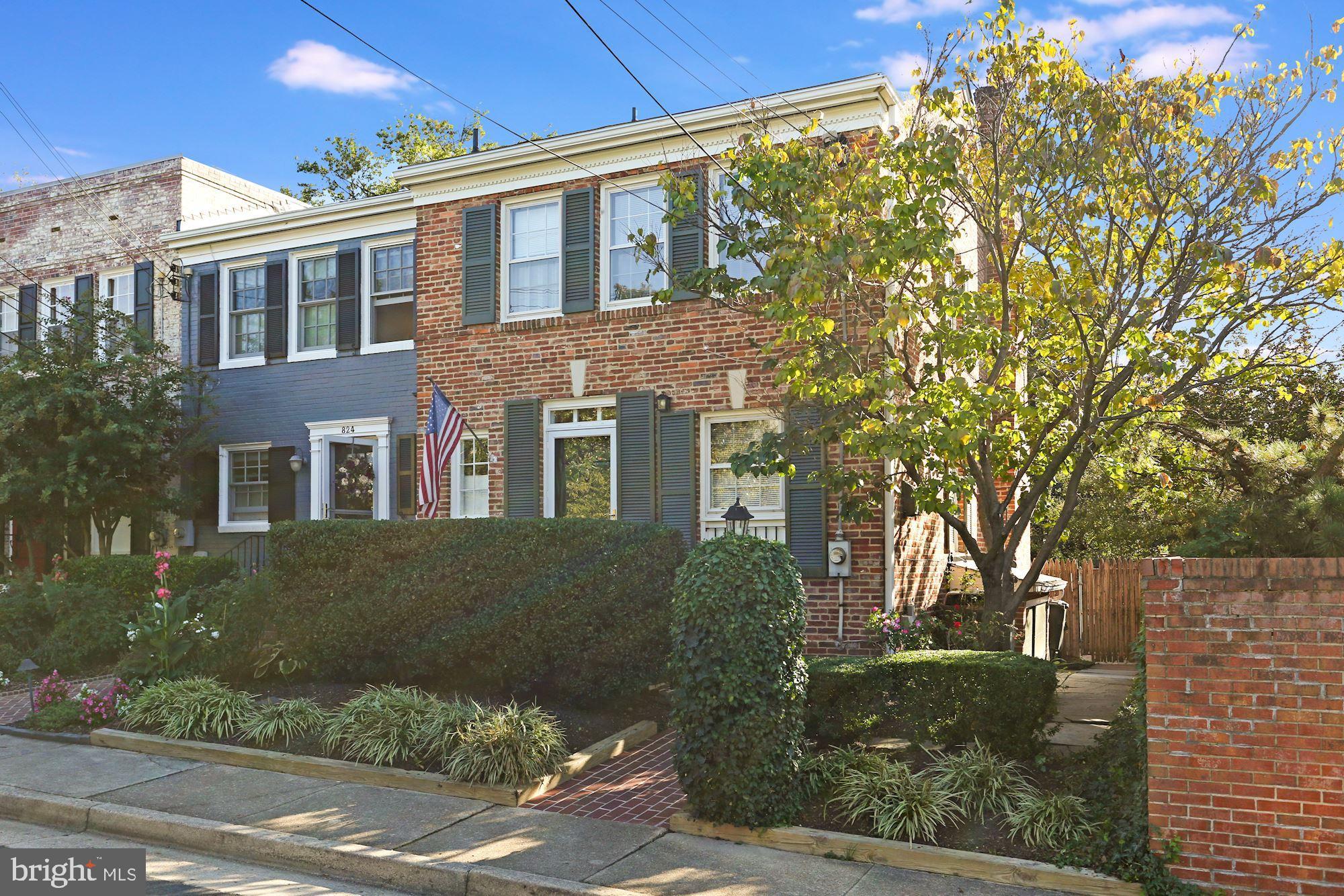 826 S Fairfax Street, Alexandria, VA 22314