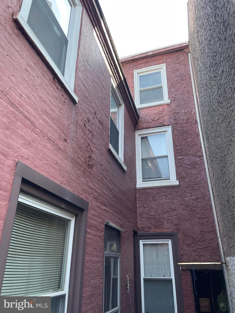 926 N Orianna Street Philadelphia, PA 19123
