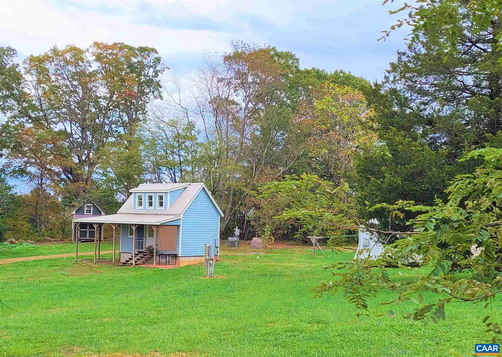 1725 Simmons Gap Rd, Dyke, VA 22935